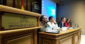 Cabañero informa a alcaldes sobre la implantación en la provincia de PDI y del Sistema de Telepresencia de Diputación