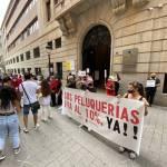 El sector de la peluquería y la estética pide un IVA reducido ante la Delegación de Hacienda de Albacete