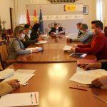 El subdelegado del Gobierno insta a los ayuntamientos de Albacete a dotarse de una ordenanza que regule alojamientos de temporeros