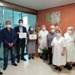 El Colegio de Médicos de Albacete donará 200 euros mensuales a la institución benéfica 'Cotolengo' y al Banco de Alimentos