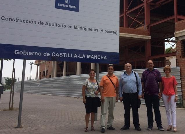 VISITA DELEGACION JCCM-MADRIGUERAS