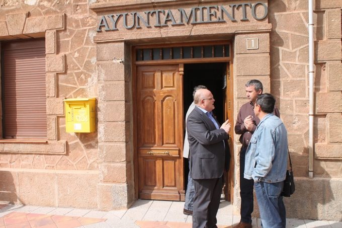 REUNION JCCM ALBACETE- AYUNTAMIENTO RIOPAR (2)