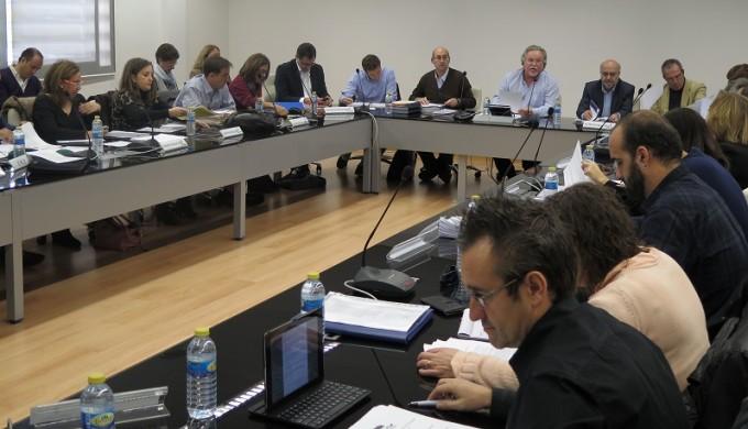 El director general de Función Pública, José Narváez, preside la Mesa Sectorial de Personal Funcionario de la Administración regional. FOTO: Jccm.