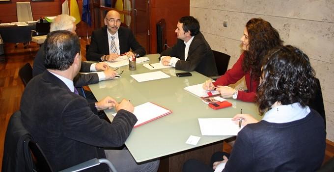 FOTO NOTA DE PRENSA SANIDAD Reunión Consejería Sanidad y CESCO