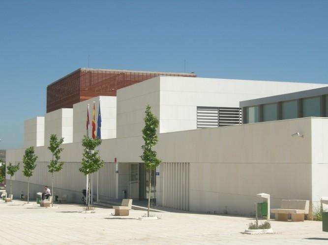 2016-03-29 Escuela de Administración Regional - Exterior