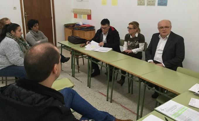 Reunión JCCM Albacete- Ayuntamiento de Casas Ibáñez en CEIP San Agustín