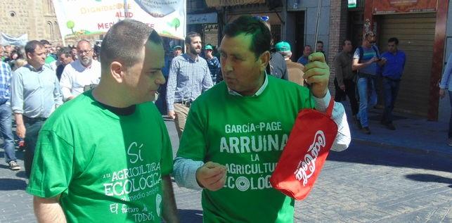 diputado-Podemos-David-Llorente-manifestacion_EDIIMA20160430_0188_19