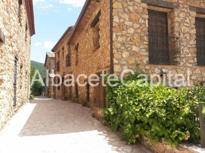 Riopar Viejo, en el parque natural de los calares del Rio Mundo, Albacete.