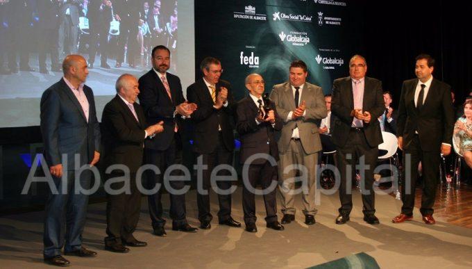 Los productores de Miguelitos de La Roda recogieron el galardón.
