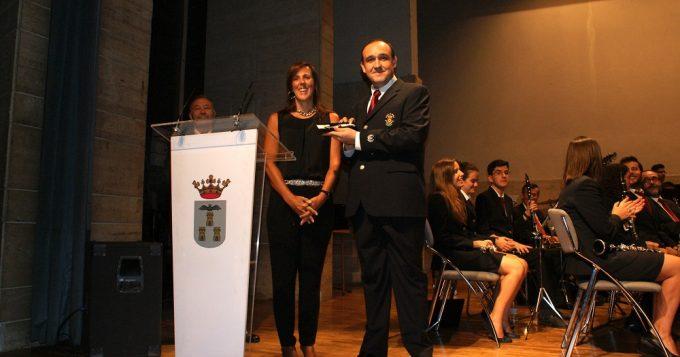 foto-mariia-gil-y-alberto-reina-asisten-al-concierto-beneifico-a-favor-de-asprona-100916