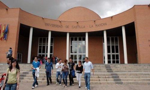 universidad-castilla-la-mancha-2013-accesomayores25