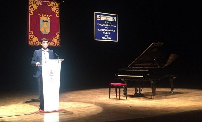 foto-javier-cuenca-concierto-inagural-del-xxxvi-certamen-nacional-de-ja%c2%b3venes-pianistas-ciudad-de-albacete-2