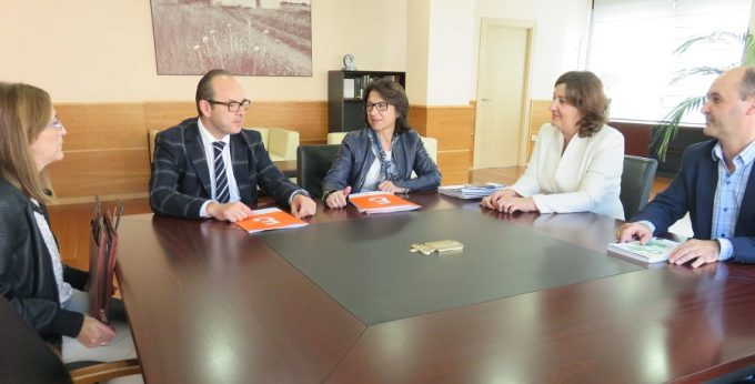 reunion-colegio-economistas-de-albacete
