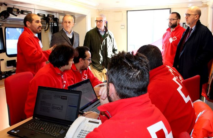 foto-inauguracion-exposicion-de-recursos-de-eries-de-comunicacion-y-coordinacion-de-cruz-roja-espanola-3