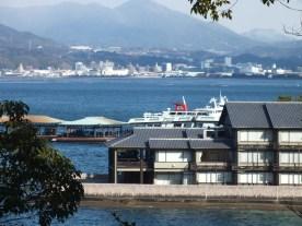 Pelabuhan miyajima dari desa
