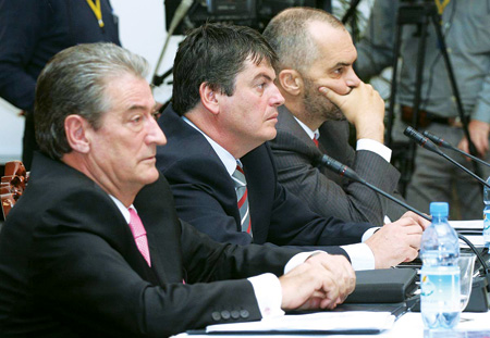 Albanian politics (photo)
