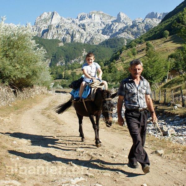 Albanische Alpen: Kelmend