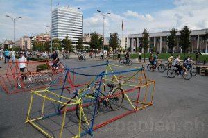 Skanderbeg-Platz in Tirana am autofreien Tag »Tirana pa makina«