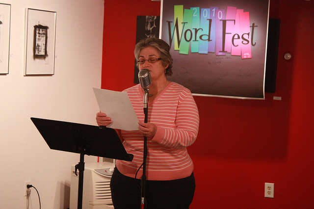 """A Reading and Some """"Sibling Reverie"""" with Mimi Moriarty and Frank Desiderio"""