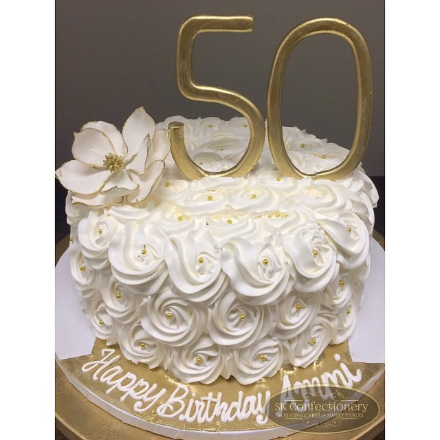 50Th Birthday Cake Images 50th Birthday Celebration Cake For Mom Elegant And Classy With
