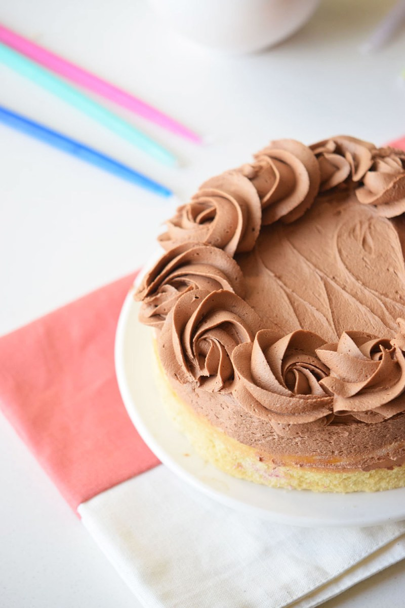 Birthday Cake Frosting Yellow Cake With Fudge Frosting Recipe Pizzazzerie