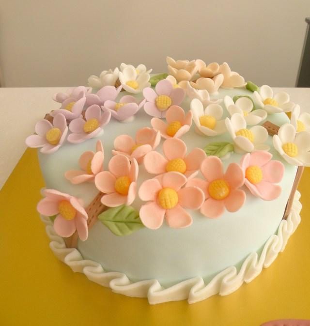 Birthday Cake With Flowers Bcg Moms Birthday Cake Flowers Kim Hyeyoung Flickr