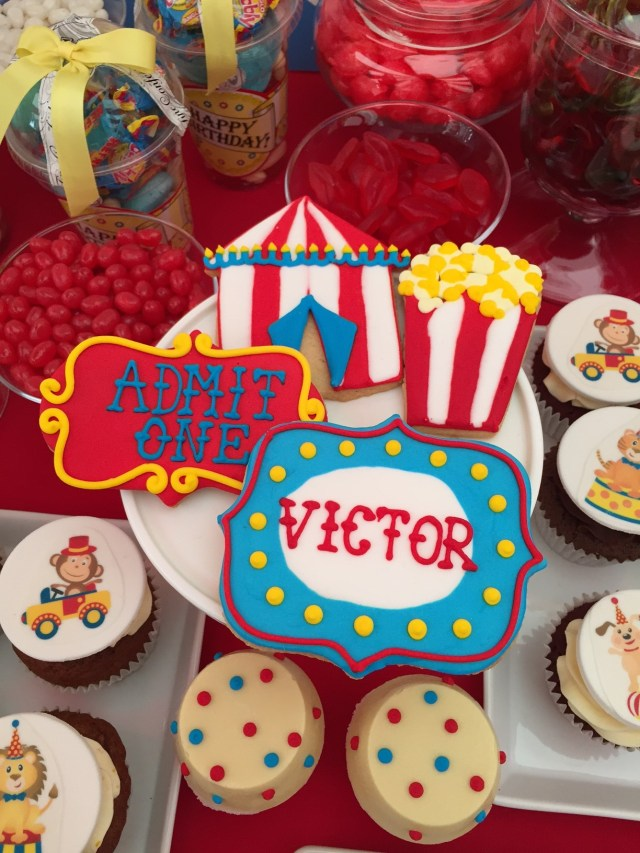 Birthday Party Cakes Circus Themed Childrens Birthday Party Cakes Robin