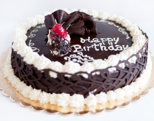 Cake Happy Birthday Happy Birthday Chocolate Cake With Berry Order Cake In Delhi And