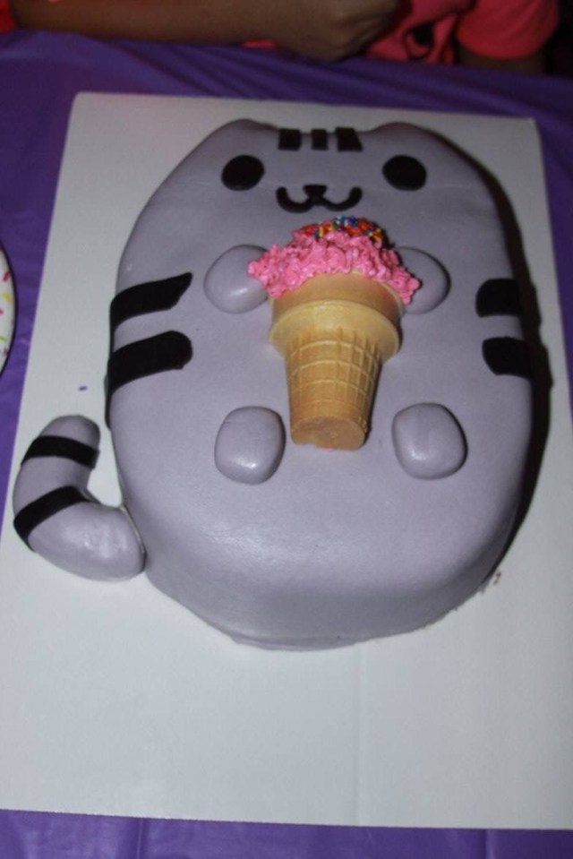 Cat Cakes For Birthdays Pusheen The Cat Birthday Cake My Cakes In 2019 Pinterest