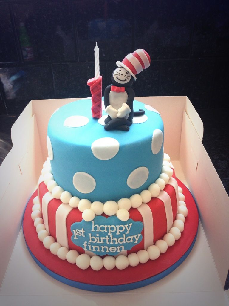 Cat In The Hat Birthday Cake Finnens First Dr Seuss