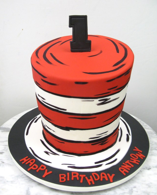 Cat In The Hat Birthday Cake The Cats Hat Mother Mousse