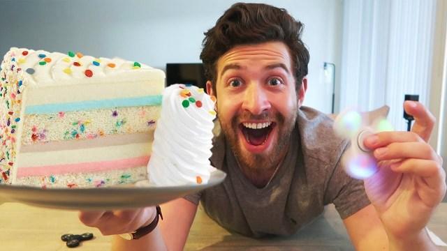 Cheesecake Factory Birthday Cake New Celebration Cheesecake Review The Cheesecake Factory Youtube