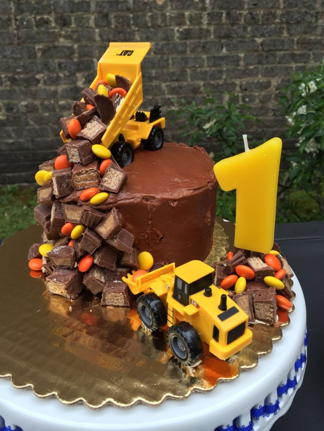 Construction Birthday Cakes Easy And Adorable Construction Birthday Party Cake Construction