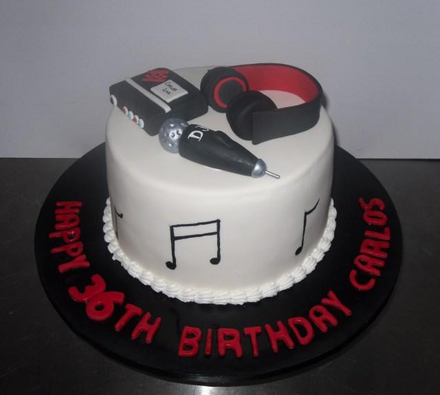 Dj Birthday Cake Dj Cake Annettes Heavenly Cakes
