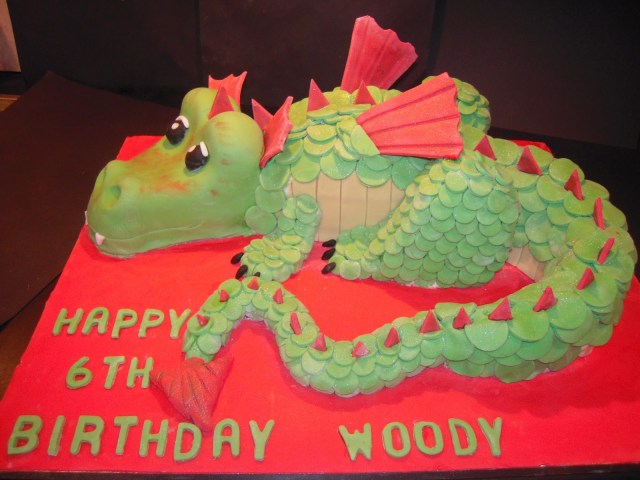 Dragon Birthday Cake Eileen Atkinsons Celebration Cakes Dragon Birthday Cake