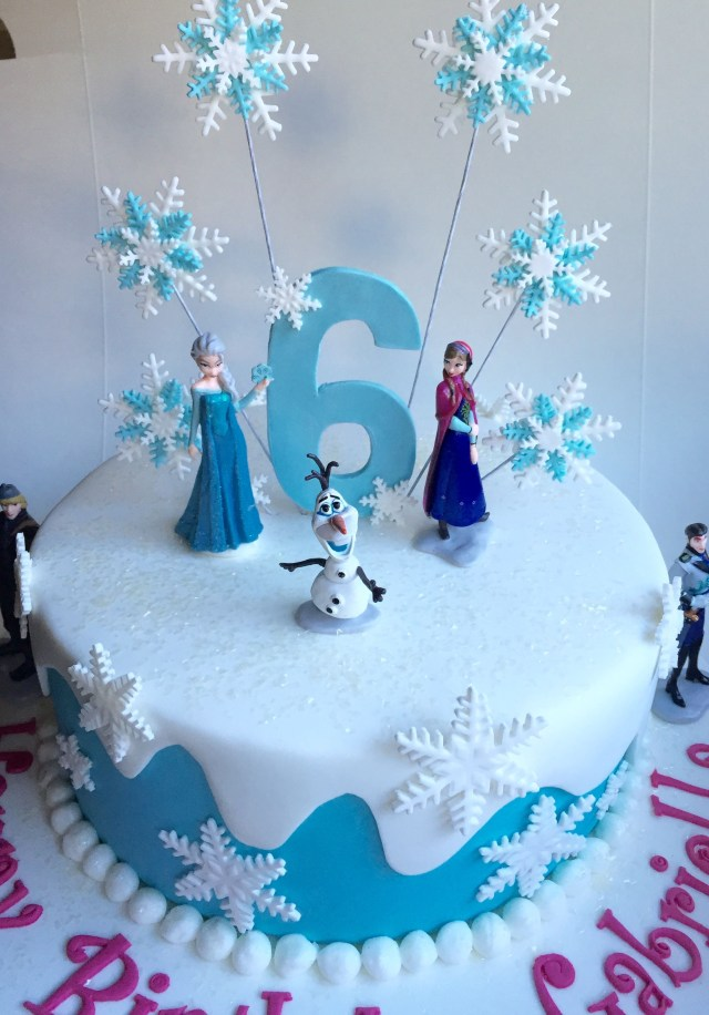 Elsa Birthday Cake Frozen Birthday Cake Covered In Fondant With Plastic Frozen