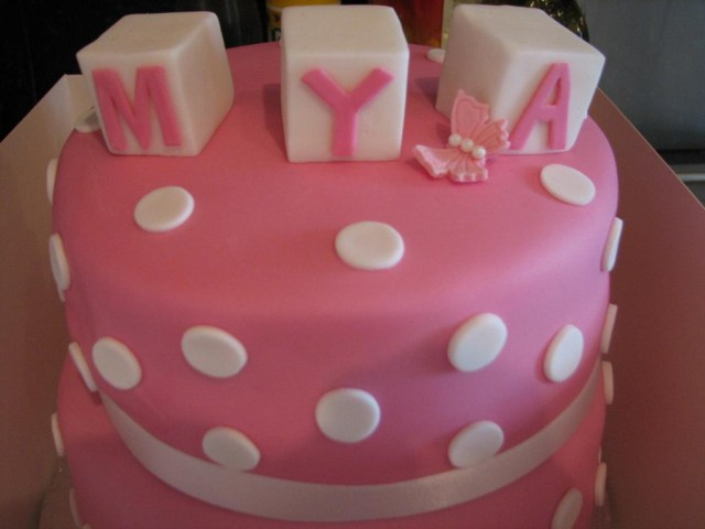 First Birthday Cakes For Girls Pretty Cool Ba Girl Birthday Cakes For First Birthday