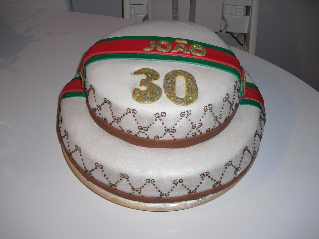 Gucci Birthday Cake Fullbloomcakes Joos Gucci Birthday Cake Made In The Neth Flickr