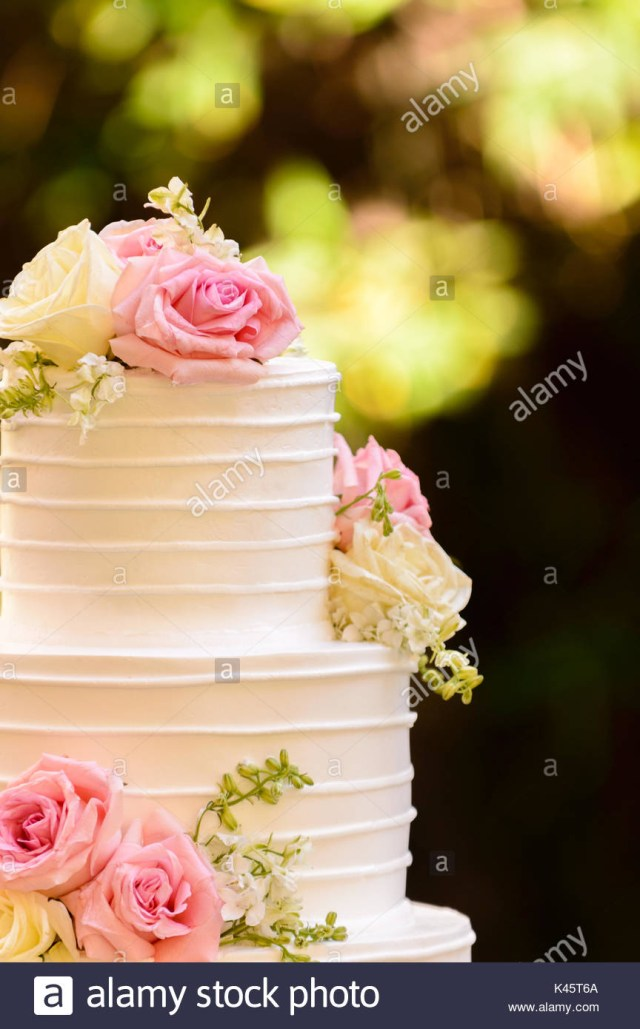 Happy Birthday Cake And Flowers Images Happy Birthday Background Cake Flowers Stock Photos Happy Birthday