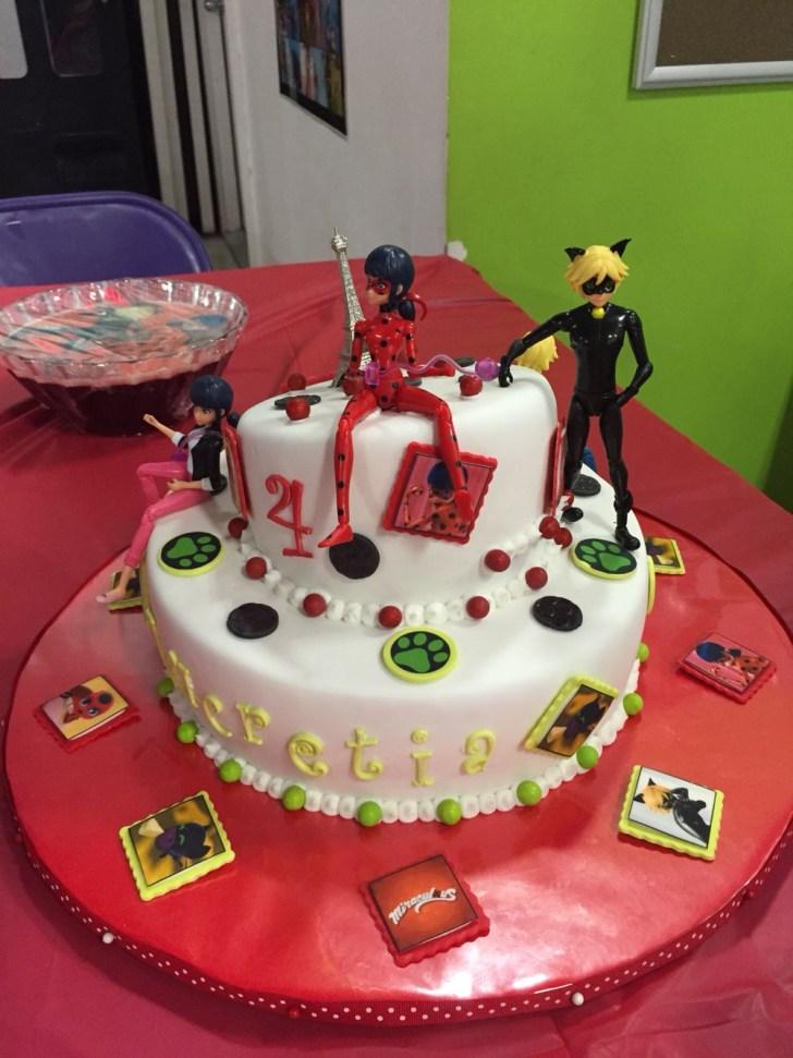 32+ Beautiful Photo of Ladybug Birthday Cake