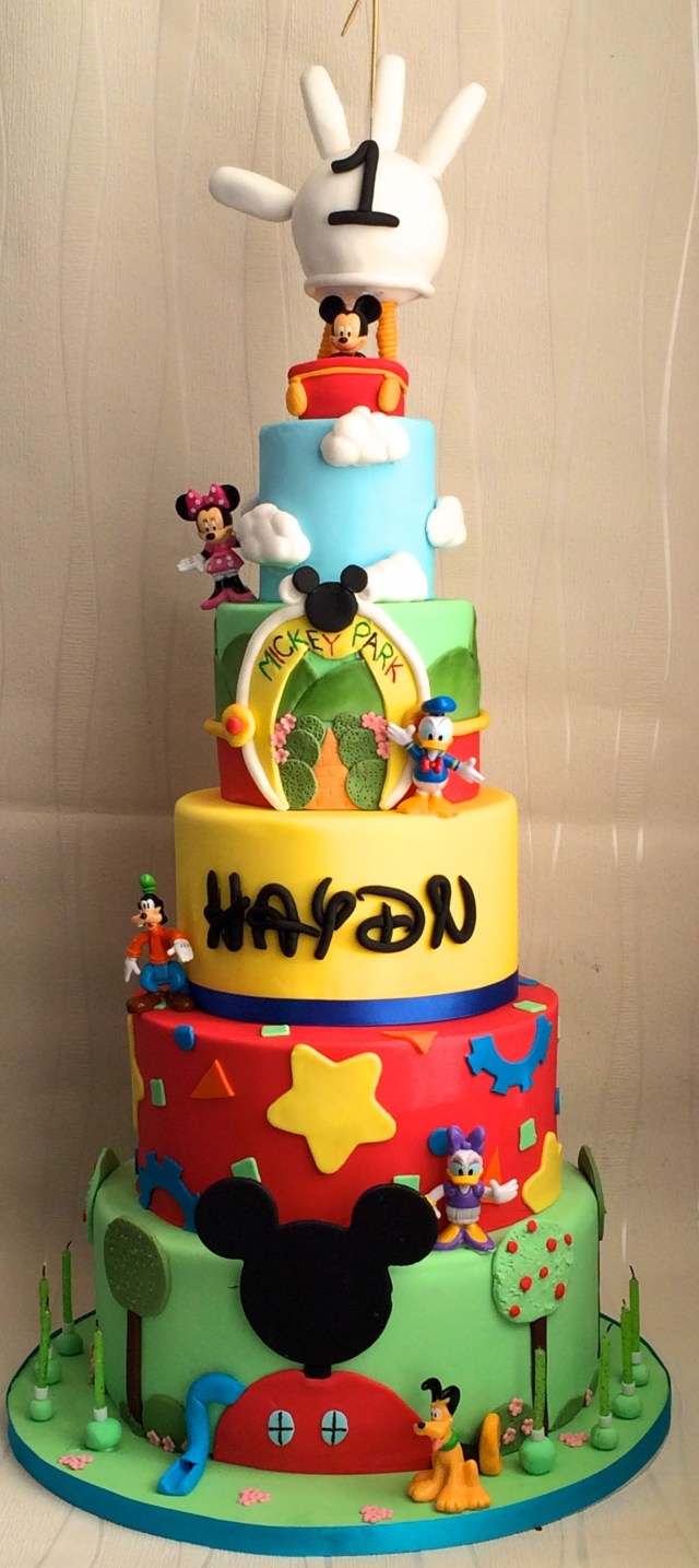 Mickey Mouse Clubhouse Birthday Cakes 1st Birthday Mickey Mouse Clubhouse Cake Mickey And Minnie Cakes