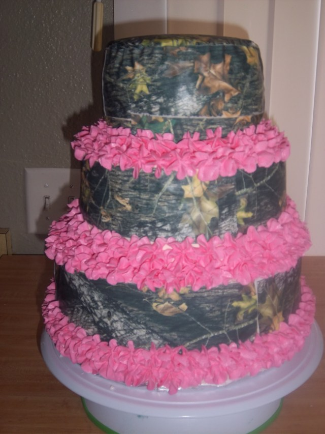 Pink Camo Birthday Cakes Mossy Oak And Pink Birthday Cake Done Caught The Girls Eye