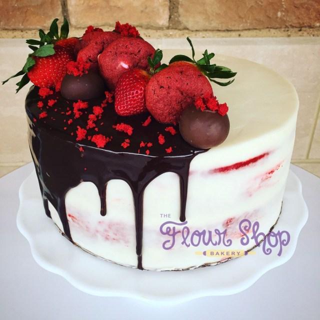 Red Birthday Cake Deko Erdbeer Panacotta Torte Torty Pinterest Cake Birthday