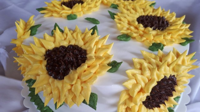 Sunflower Birthday Cake How To Make A Sunflower Cake With Whipped Cream Tutorial Youtube