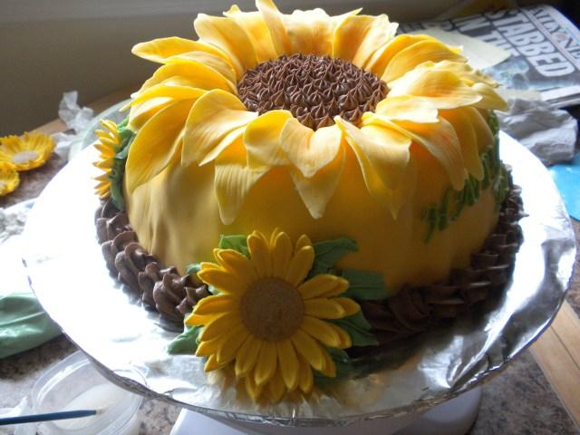 Sunflower Birthday Cake Sunflower Sunflower Birthday Cake I Need This For My Next Birthday