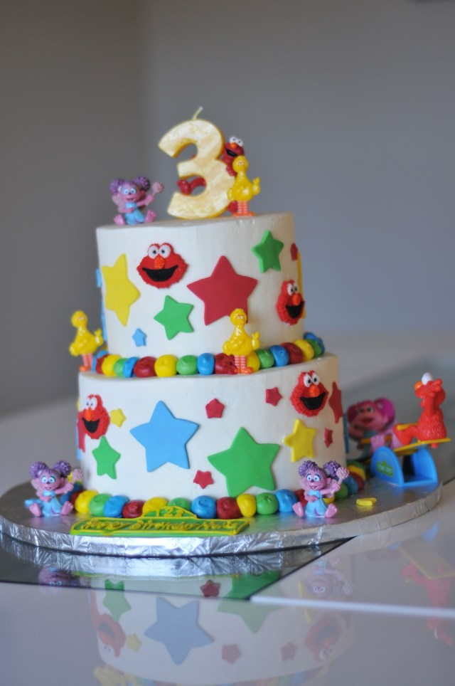Unusual Birthday Cakes Very Cool Birthday Cake For A 3 Year Old Girl Food Drink
