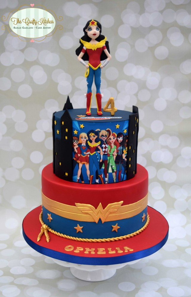 Wonder Woman Birthday Cake Dc Superhero Girls Superheroes Pinterest