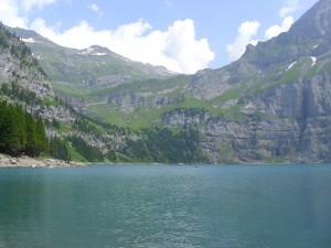 Lacul Oeschinensee (credit: Caro Kaunisaho, Finlanda)
