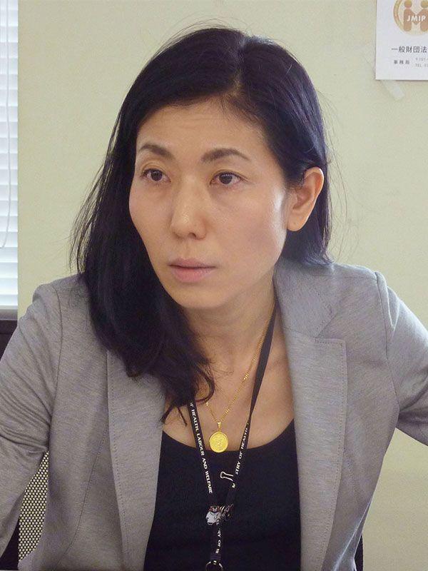 大坪 寛子 厚 労 省 大臣 官房 審議 官 女医として「彼の隣に寝た」と鉄面皮の女、大坪寛子!