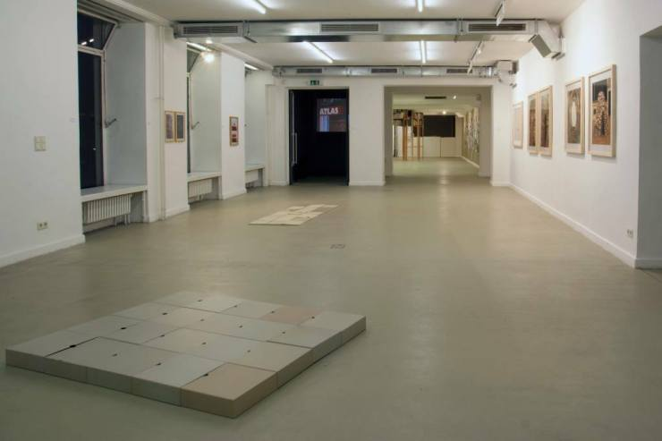 Albert Coers: Enciclopedia critica dell'arte contemporanea (2012), I Classici dell'Arte - versione svizzera (2012), I SOLITI TITOLI (2011), Video